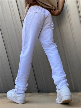 M.D Relaxed Straight Chino Pant