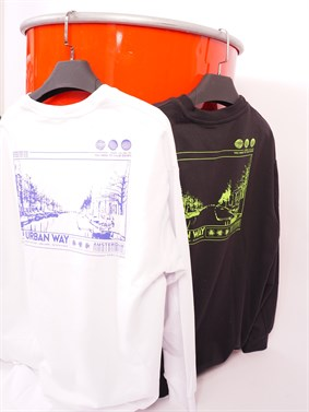 'The Urban Way' Special Design Oversize Sweatshirt (2 Colour)